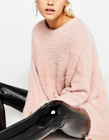 https://www.bershka.com/fr/femme/v%C3%AAtements/tricot/pull-oversize-effet-mohair-c1010193223p101161011.html?colorId=902