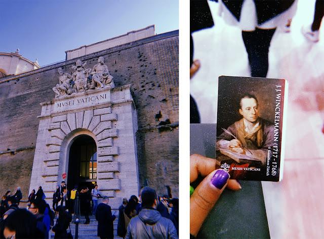 a la izquierda, entrada al museo vaticano. a la derecha, ticket para entrar al museo