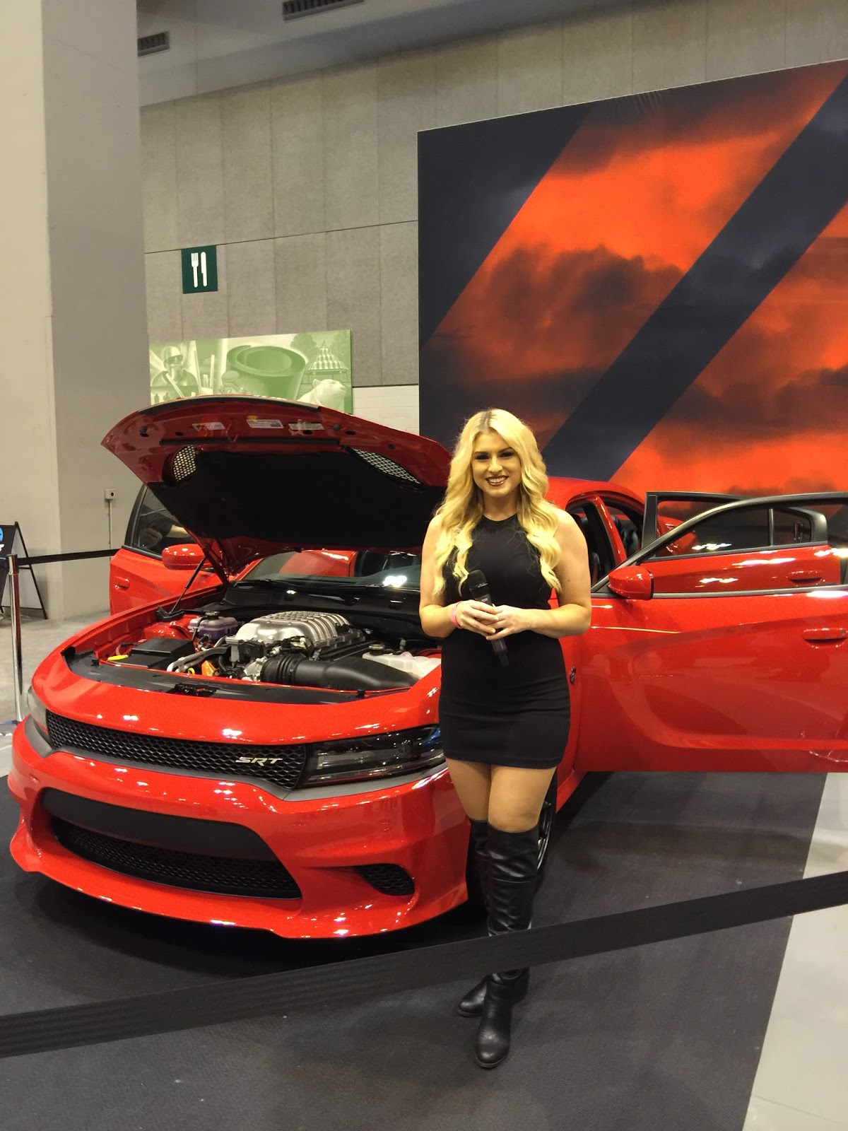 Recap Of St Louis Auto Show Drive FCA Guide For Moms - St louis car shows