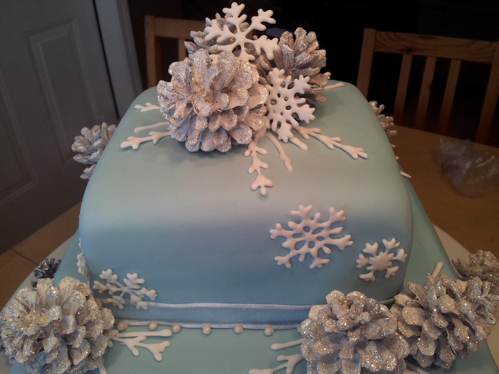 Kiddles 'N Bits: Winter Wonderland Wedding Cake