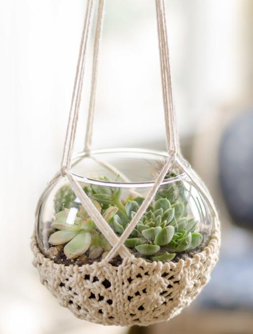 Knitted Terrarium Hanger - Free Pattern
