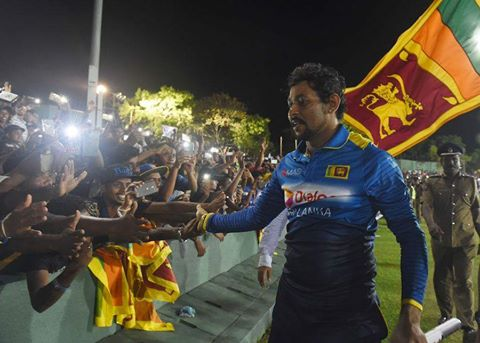 Tillakaratne Dilshan with his family after playing his final ODI