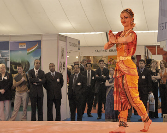 Rasabihari performs at an Indian Embassy function in Prague