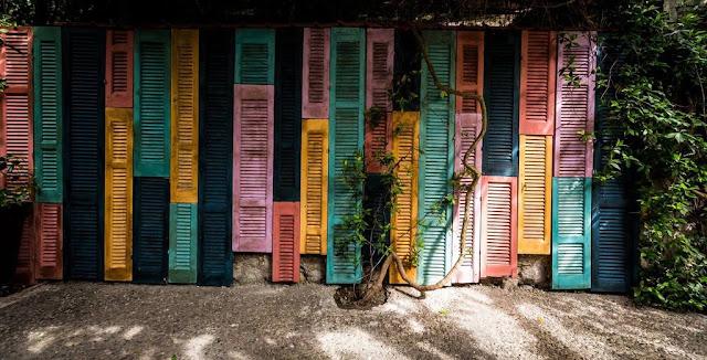 Τα παντζούρια του ουράνιου τόξου 1 Annie Sloan Greece