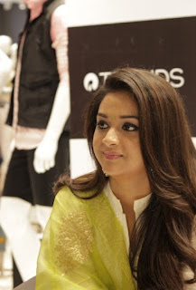 Keerthy Suresh with Cute Smile at Reliance Trends 2