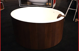 Graff soaking tub