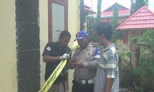 Polisi Olah TKP Kebakaran Kantor Partai Gerindra dan Posko Tim Keluarga, Jokowi-Mar'uf Amin Di Selayar