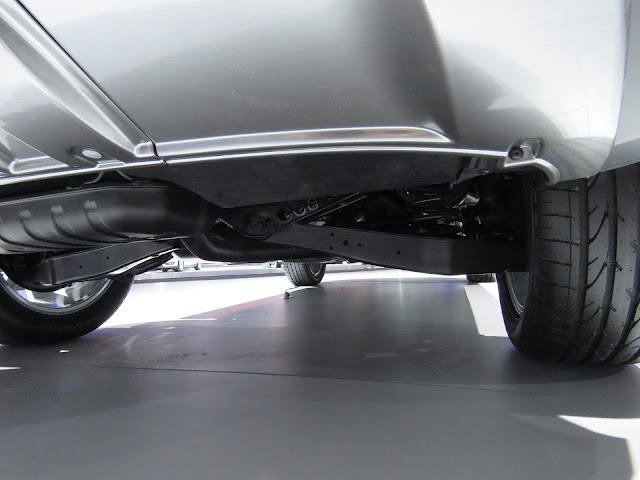 VW Tiguan 1.4 TSI DSG-6 - suspensão traseira semi-independente por eixo de torção