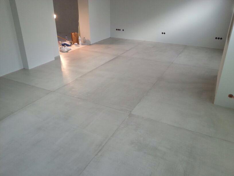 beton cire oberfl chen in beton look beton cire sichtbeton haan plz 42781. Black Bedroom Furniture Sets. Home Design Ideas