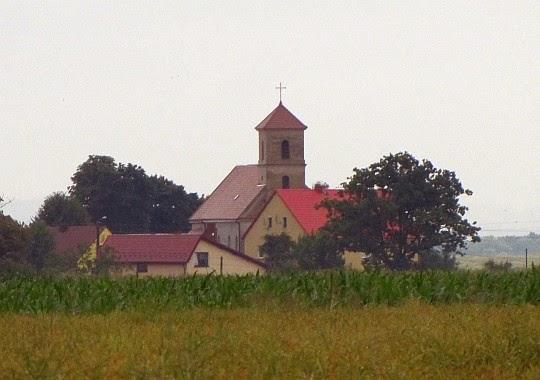 Ujeździec. Kościół pw. św. Katarzyny Aleksandryjskiej wybudowany w latach 1834-1836.