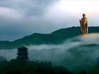 Buda del Templo de la Primavera