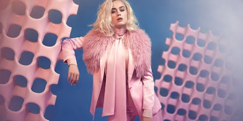 chained to the rhythm, il ritorno di katy perry: lyric video