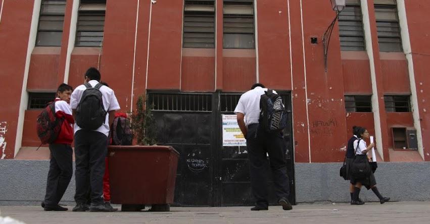 Estudiantes violan a compañeros en baños de colegio particulares de Trujillo