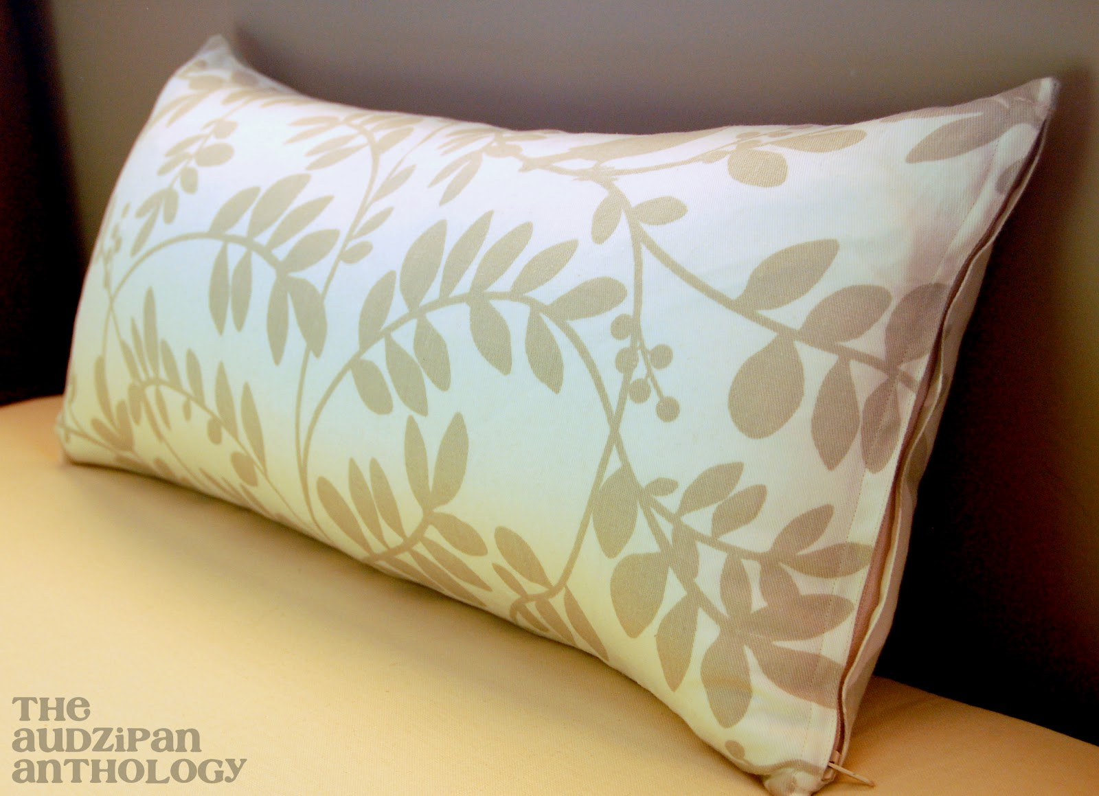 The Audzipan Anthology Zippered Pillow Cover Tutorial