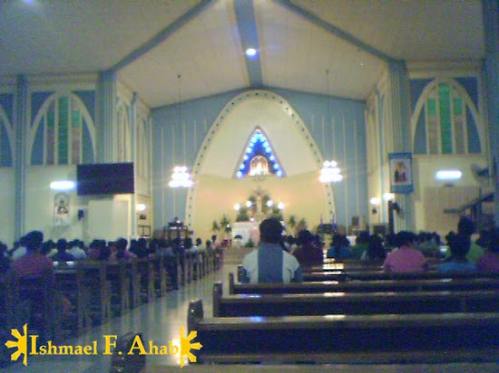 The altar of Opon Church featuring the image of Birhen sa Regla