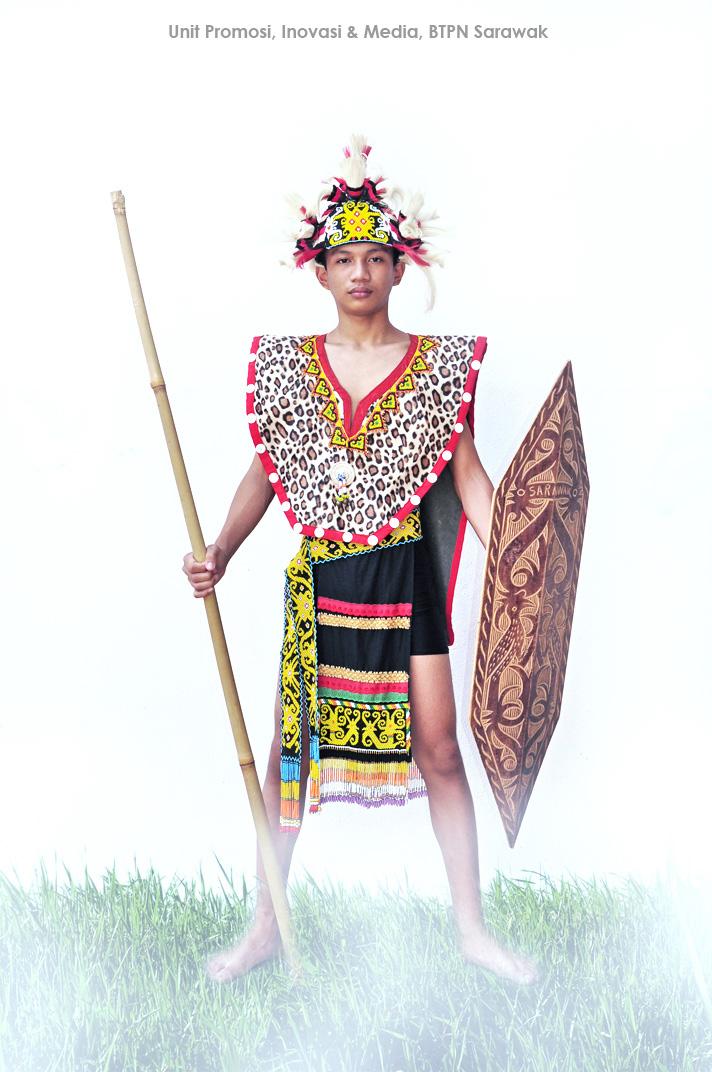 Pakaian Tradisional Kaum Iban Lelaki Dan Perempuan