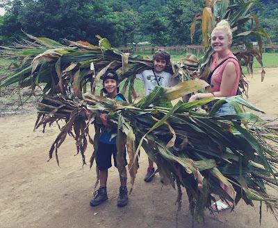 Viaje Solidario de María y sus hijos a Tailandia