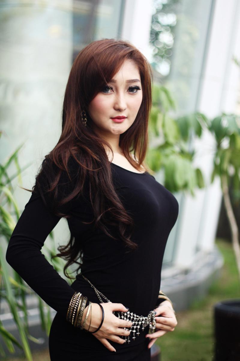 Chant Felicia cewek igo model Toge manis dan seksi