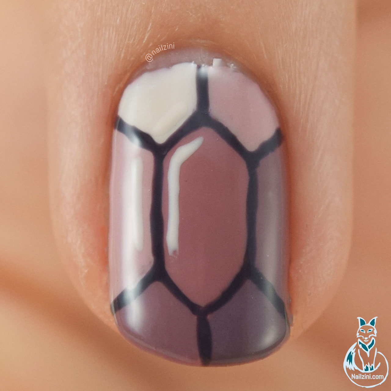 Light Ruby Madam Glam Nailzini