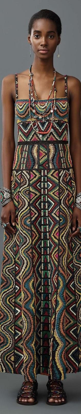 koralikowa suknia