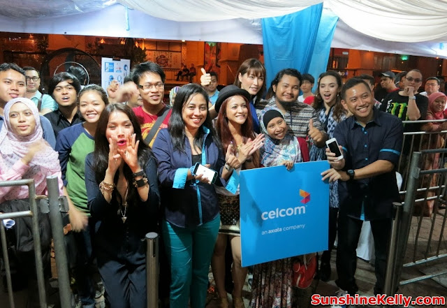 Celcom First, Celcom, iPhone 5s, iPhone 5c, Celcom Blue Cube, Sunway Pyramid, the cube,
