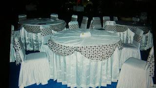 http://www.nandarjayatenda.com/2015/07/buat-dan-jual-sarung-meja-cover-meja-skirting-meja.html