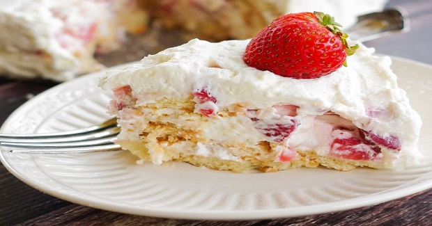 Strawberry Ice Box Cake With Vanilla Wafers Recipe