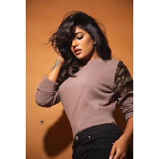 Actress Eesha Rebba Hot Photoshoot Stills