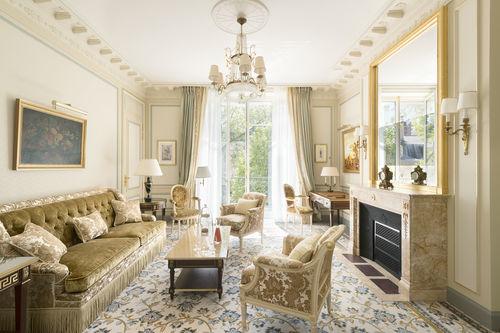 Beautiful elegant and luxurious suite at Ritz Paris