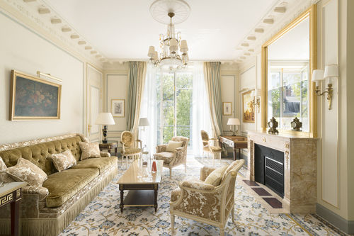 Beautiful elegant and luxurious suite at Ritz Paris