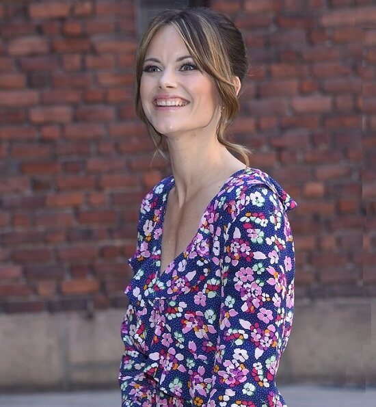 Princess Sofia wore &Other Stories tie frill dress. Princess Sofia wore a print floral midi dress by &Other Stories at City Hall