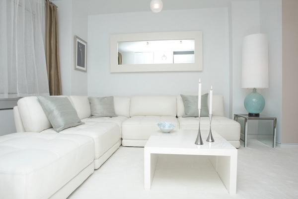 Ruang Tamu Unik Dan Indah Bertema Warna Putih