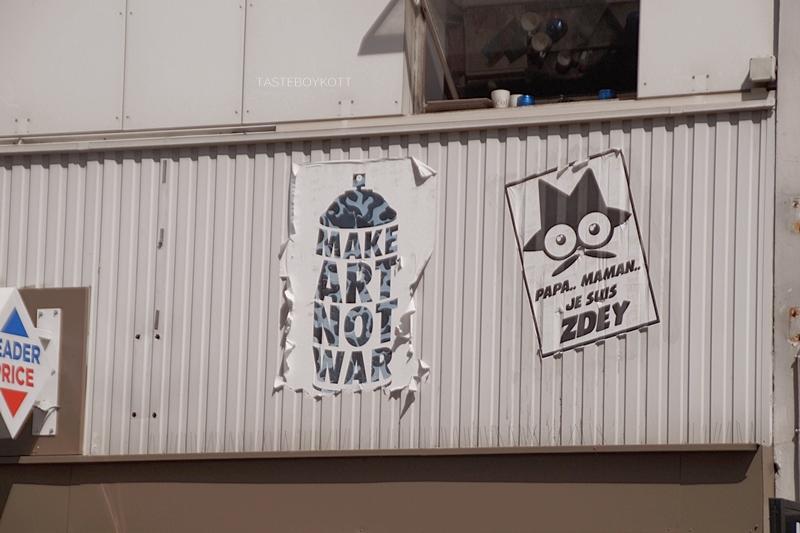 Make Art Not War Paris Montmarte Statement Poster Art Peace Quote