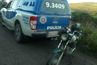 PM encontra moto roubada