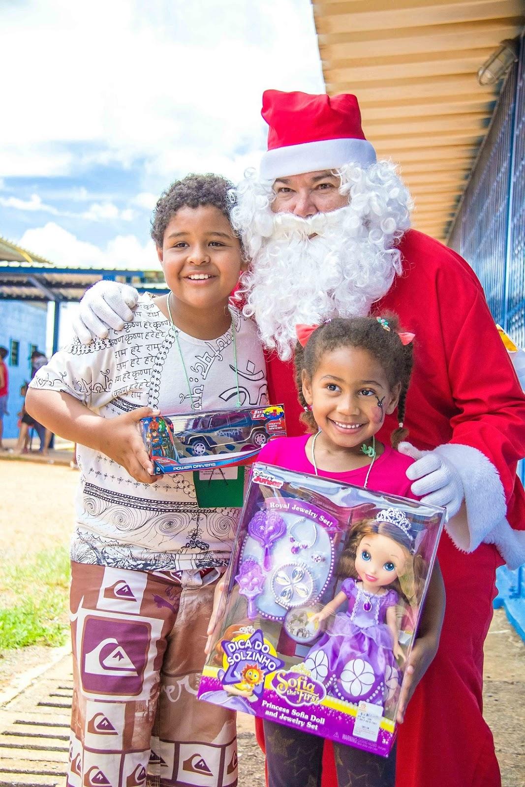 Palhaços, cartinhas e apresentação exclusiva na Caixa Cultural marcam o Natal Solidário
