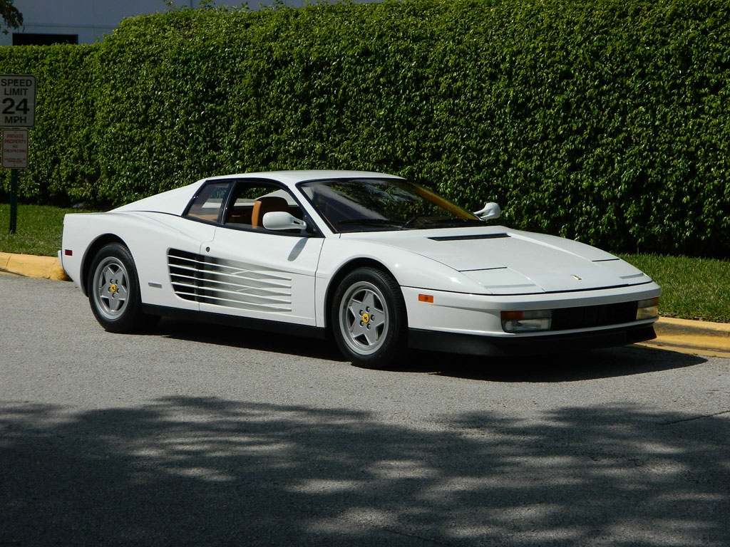 the real wolf of wall street 39 s white ferrari testarossa. Black Bedroom Furniture Sets. Home Design Ideas