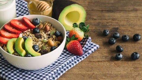 Lawan Stres dengan Mengonsumsi 10 Makanan Ini