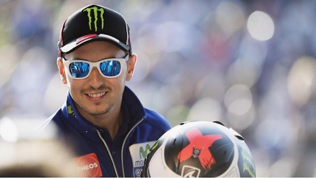 Lorenzo Dikabarkan Akan Jajal Mobil F1 Milik Mercedes