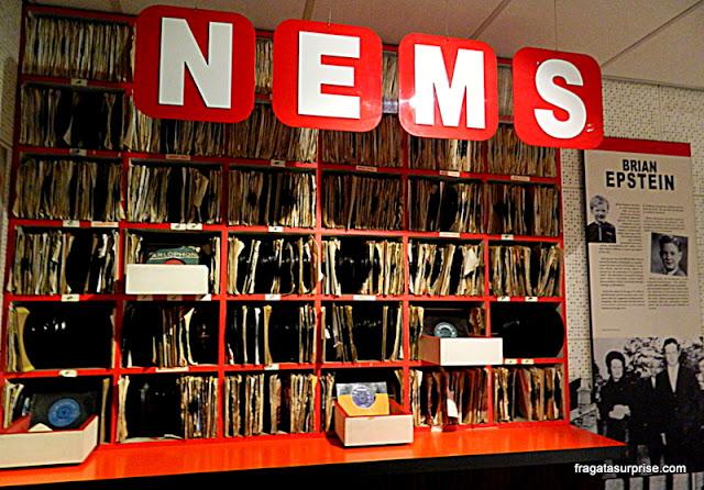 Recriação da NEMS Enterprises, empresa de Brian Epstein, no Museu Beatles Story, em Liverpool