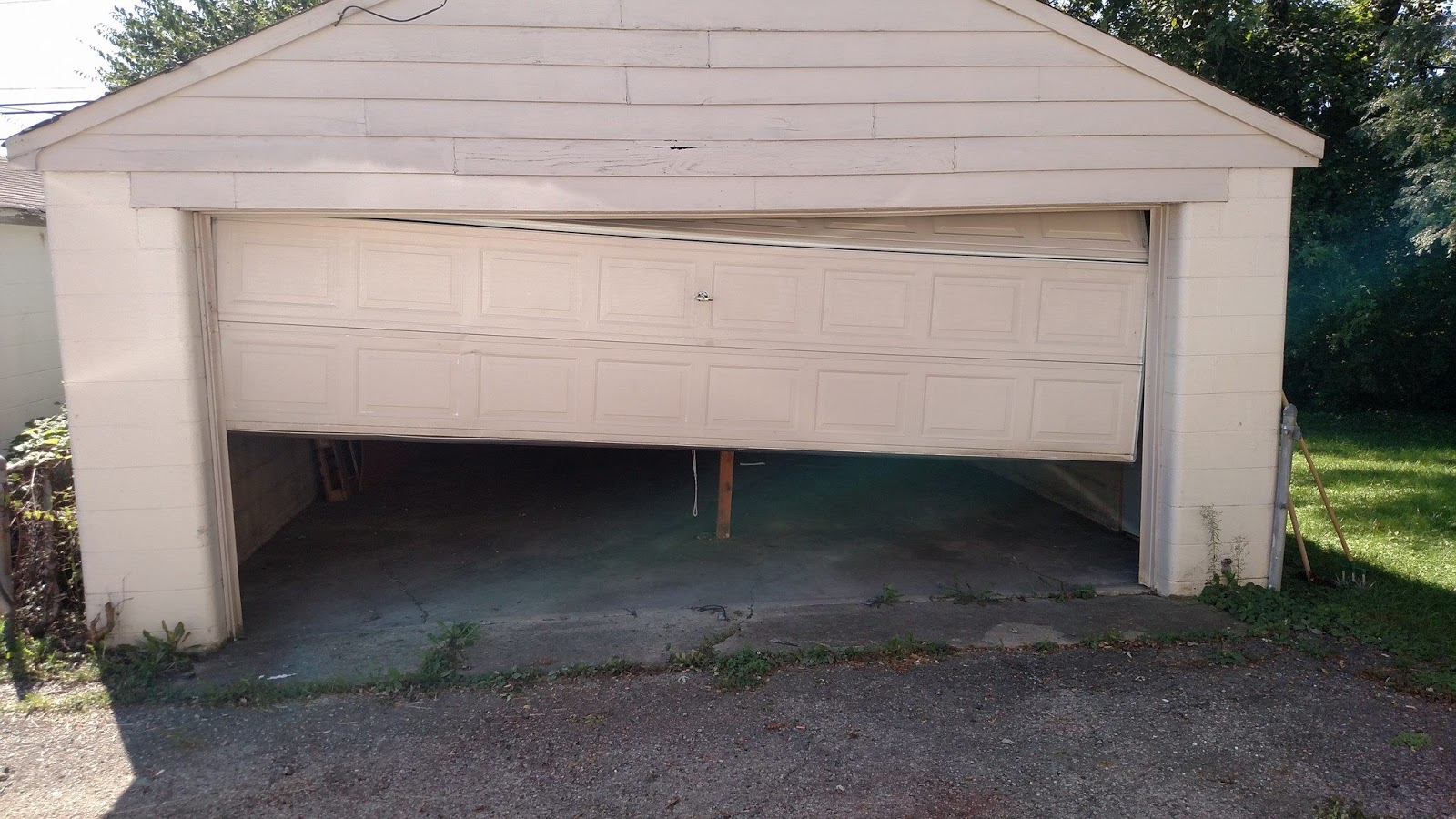 track off repair spokane services overhead s wa service door garage