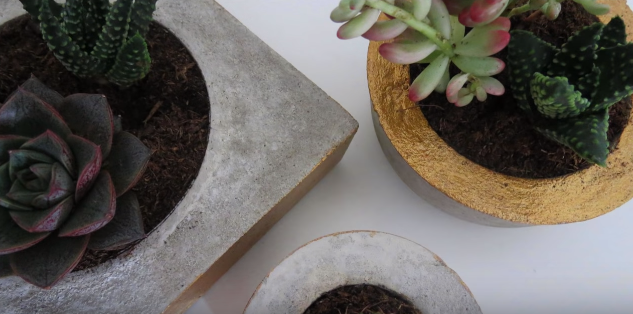 How to Make a Concrete Vase