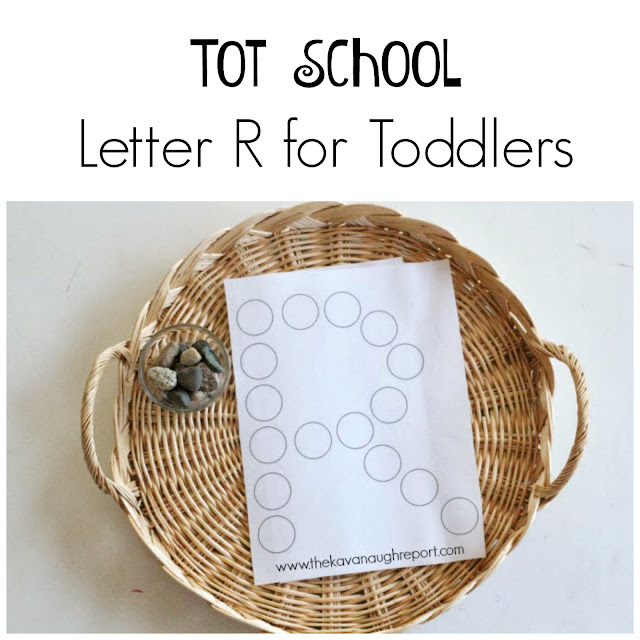 Here are some letter r themed tot school ideas. These tot school trays help toddlers to learn the alphabet.