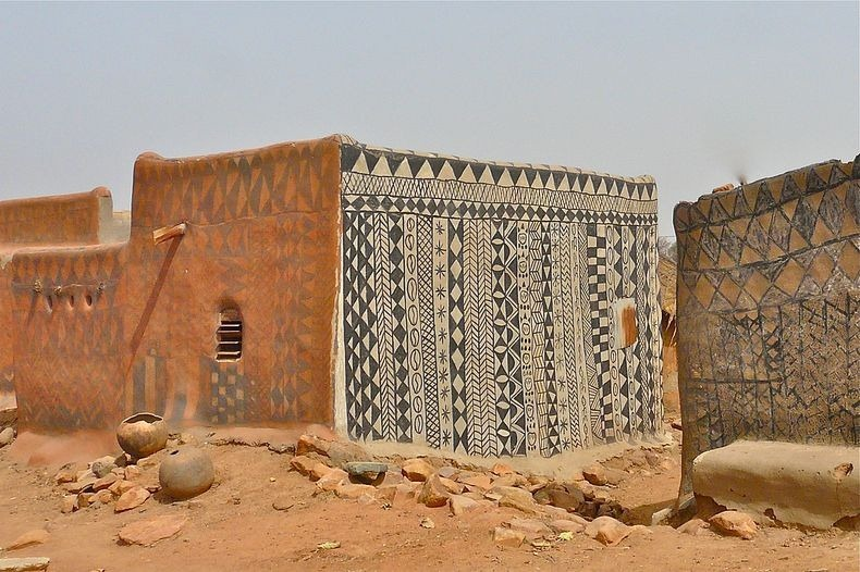 http://www.amusingplanet.com/2013/01/decorated-mud-houses-of-tiebele-burkina.html