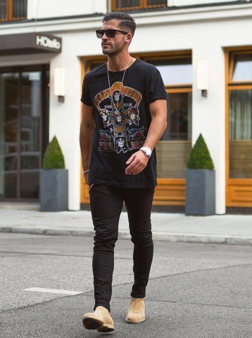 Looks Masculinos com Camiseta de Banda
