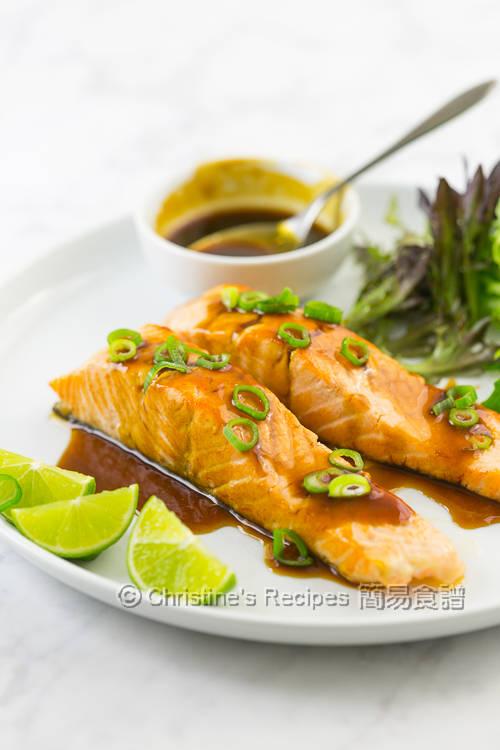 香煎三文魚配香茅豉汁 Pan-Fried Salmon with Lemongrass Ginger Soy Sauce01