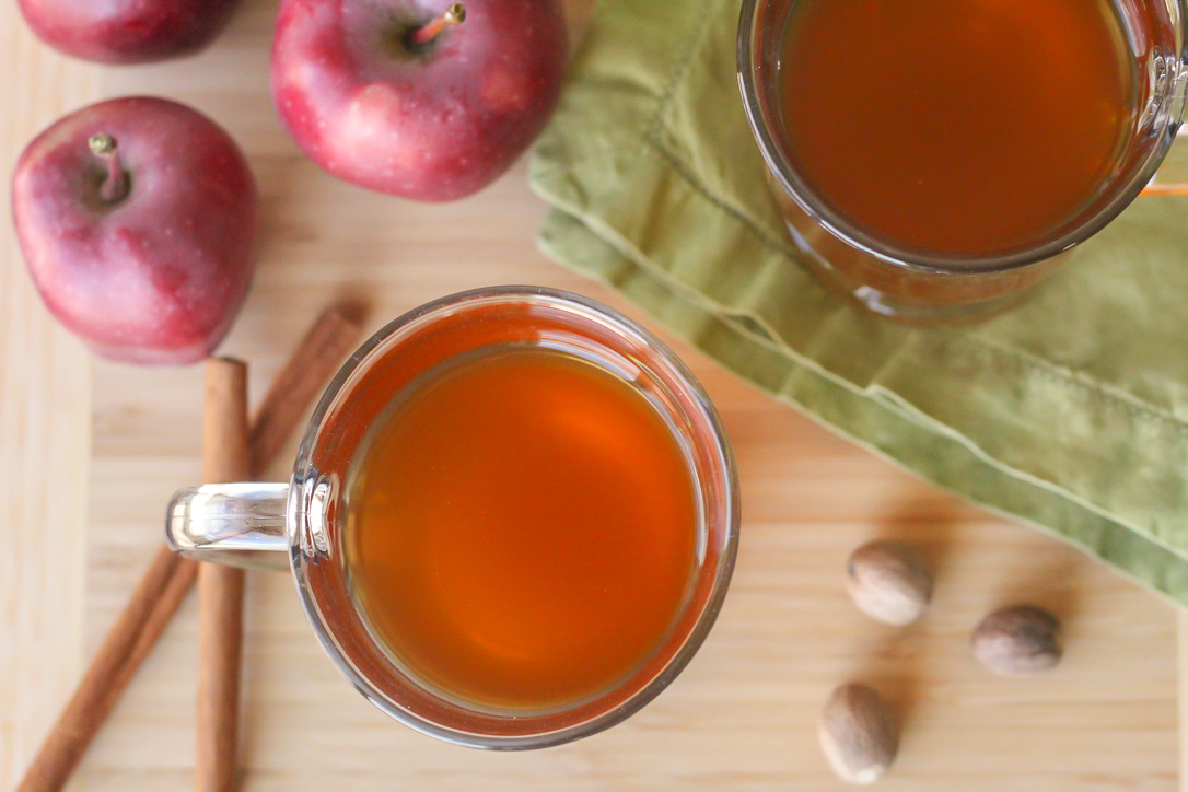 Spiked & Mulled Apple Cider