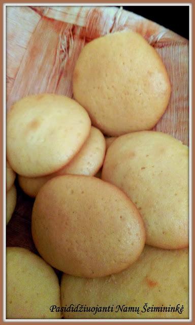 RECEPTAS: Sausainiai su medumi