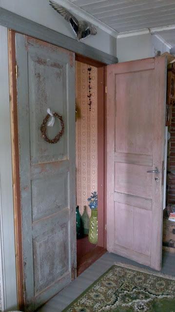 vanhat puuovet boheemi koti