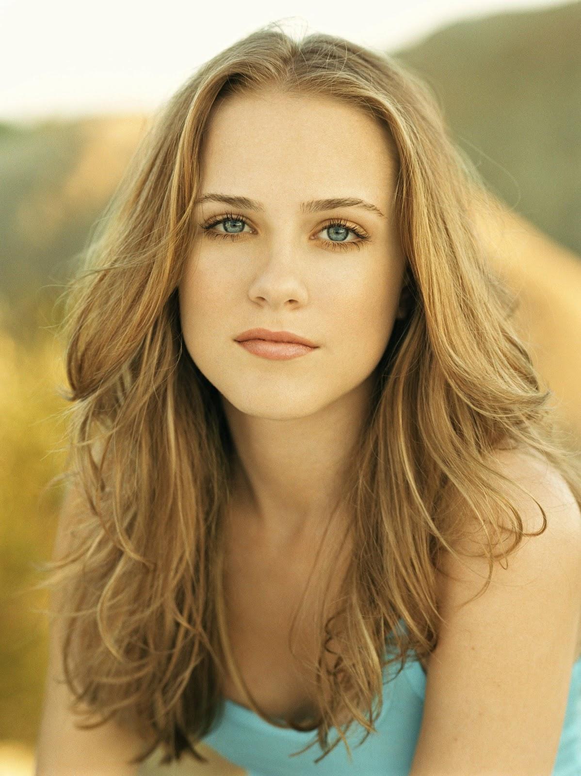 Celebrities  Mov...Actress Evan Rachel Wood Movies