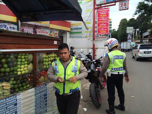 Waspadalah! Jangan Sampai Anda Ketemu 3 Polisi Pemalak Uang Rakyat Ini